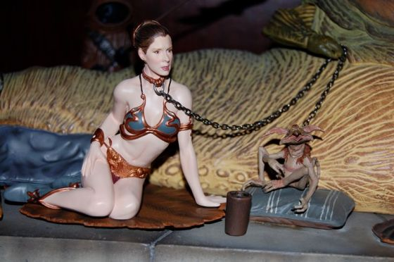 Jabba Oola Leia http://mightyjabba.com/2009/09/22/slave-leia-accessory-pack-for-gentle-giant-jabba-statue/