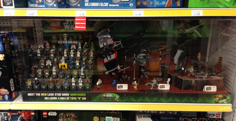 LEGO Store Displays (Collecting, Sightings, Discussion, etc.)