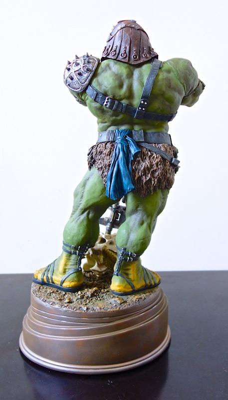 lomrokk_gamorrean_statue2