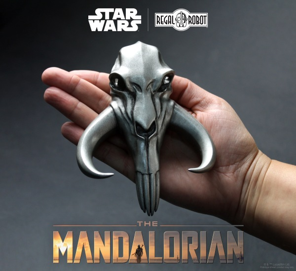 mythosaur-the-mandalorian-metal-skull-sculpture-3