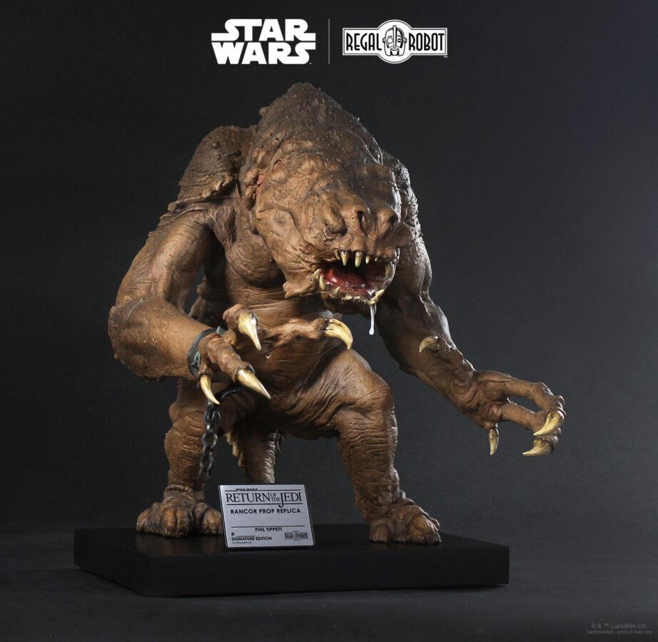 rancor-puppet-prop-replica-statue-5-922x900
